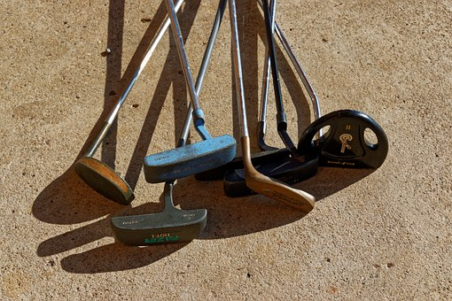 THE 5 BEST GOLF PUTTERS FOR BEGINNERS-NO 2 & 3 IS PERFECT